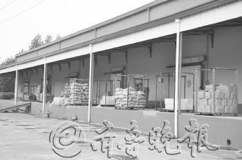 日前,位于胶州市胶西镇杜村工业园区内的金土地万吨冷库正式投入使用